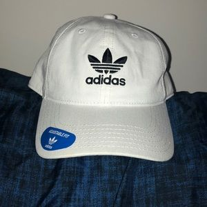 NEW W TAGS adidas trefoil logo baseball cap